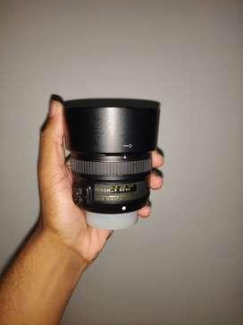 Nikon AF-S Nikkor 50mm F/1.8G Prime Lens with CARRY BAG