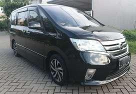 Nissan serena HWS 2.0 2013 istimewa mulus terawat DP minim