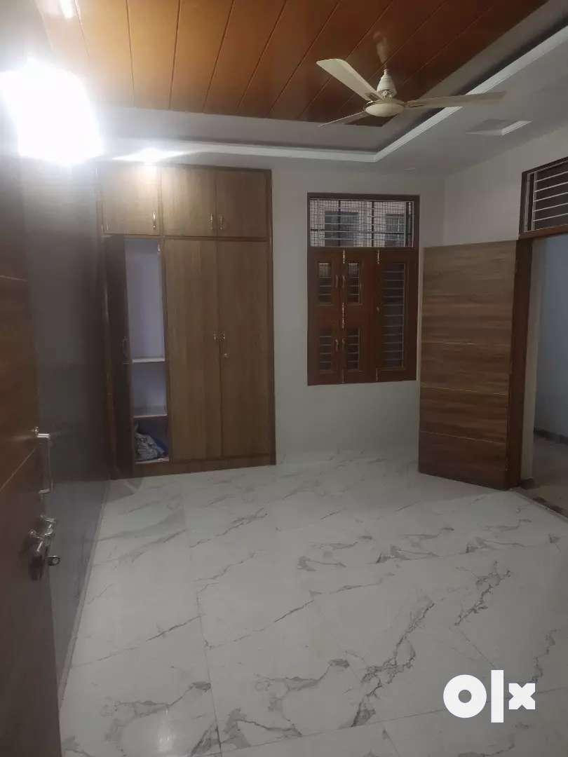 3bhk premium quality semi furnished flat at nirman nagar