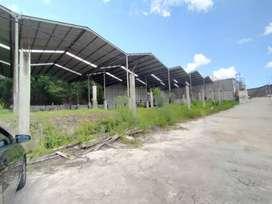 Disewakan tanah dan rangka bangunan atap