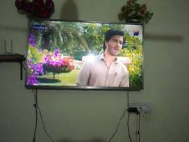 Lcd Tcl company 49 inches box available