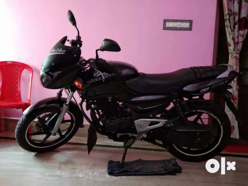 Motorcycle is for passion.. Bajaj pulsar 180.. 0