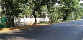 13.32Cent  for Sale at Ponnani.Guruvayoor  Road Suitable to Buiding