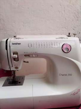 Sewing machine with ( build in motor)