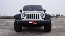 Jeep Wrangler Rubicon 3.8L AT 2011 Unlimited White
