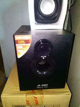 F&d home theater 2.1 only 1 day use brand new condition