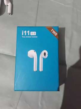 i11 TWS bluetooth headset 1 month used only