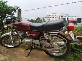 Yahama rx100 (80,000rs)