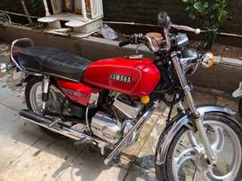 Rx100 yamaha new condition all paper clear.