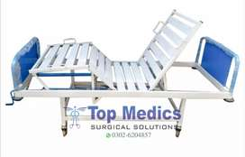 2 Cranks Manual Patient Bed Good Quality