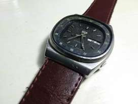 Jam tangan Seiko 5 kotak