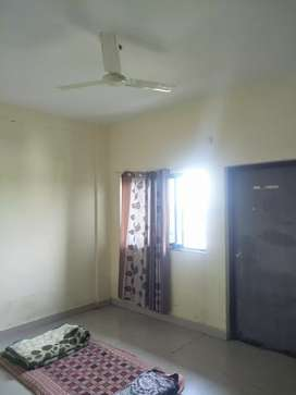 Required flat partner 1