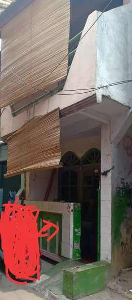 Rumah kampung pribadi