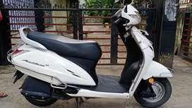 Honda '' Activa 3G... White