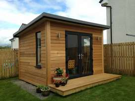 Rumah kayu , saung kayu
