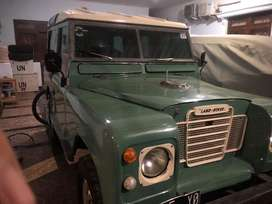 LAND ROVER th 1986 dan WILLYS th 1956