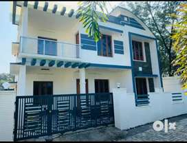 5 cent 2250 sqft 4 bhk new build house at aluva very close to choondy