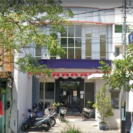 AREA KOMERSIAL PUSAT KOTA Gedung 2 Lantai Jalan Ahmad Yani Nganjuk