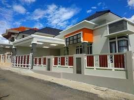 Rumah Mewah Siap Bangun Bebas Desain Berlokasi Strategis