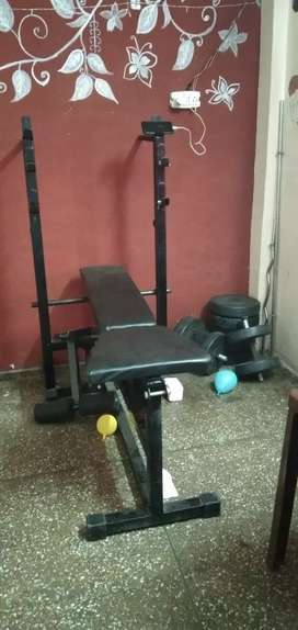 Heavy gym table with 50 kg weight