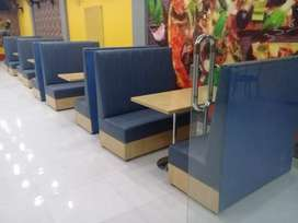 Sofa Big Fast Food Variety Avail able Cafe Restaurant