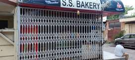 Looking for cashier in bakery for morning 9am to 12pm
