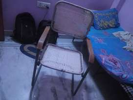 2 foldable table, 1 bed table, 3 matress, 1office chair, 1 fridge, 1ro