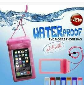 Pelindung hp anti air atau waterproof pvc mobil phone bag Rp 20.000