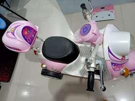 Motorr aki scoopy pink
