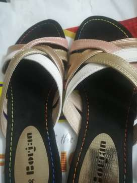 Borjan shoes, brand new, un used