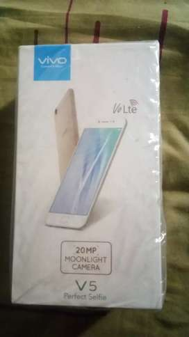 Vivo v5 4/32 good condition Jine Lena ohi massage kariyo
