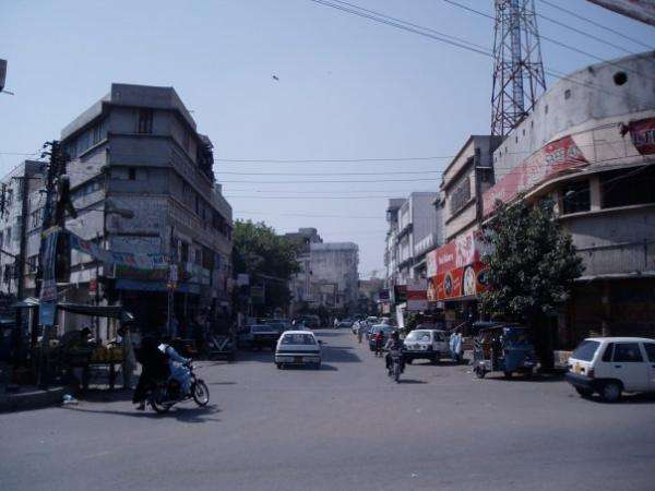 COMMERCIAL SPACE IN NAZIMABAD NO 3 0