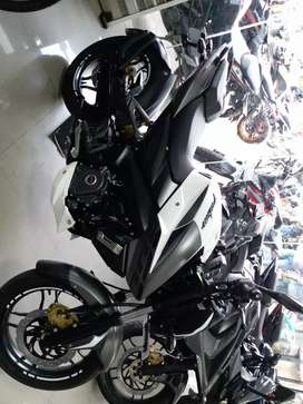 Pulsar 200ns 2years old good condition