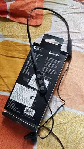 Skullcandy Bluetooth headset