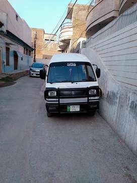 Suzuki bolan 2011white petrol with cng  bolan available in Bahawalpur.