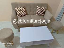 Sofa Retro 2 Seater + 2 stool dan Mejaa