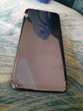 S8 plus 10by10 only screen crack,spotsand a short line 4/64gb hai