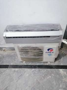 Gree dc invertor one ton  with grnti card