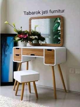 Meja rias retro moderen & mewah, bahan kayu jati asli 100%