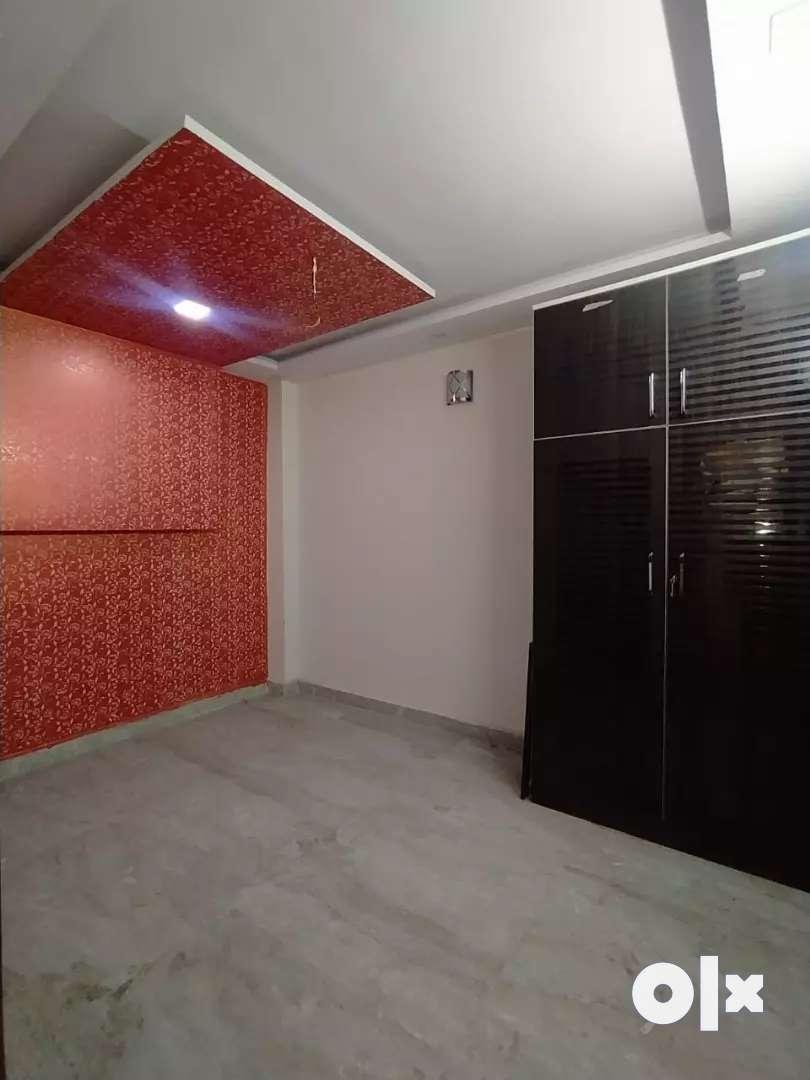60 gaj flat for sale lal Dora pakki rajistri sant nagar burari Delhi 0