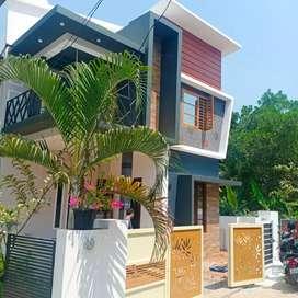 New built 3 bhk 1650 sqft beautiful house at kakkanad near kangarapady