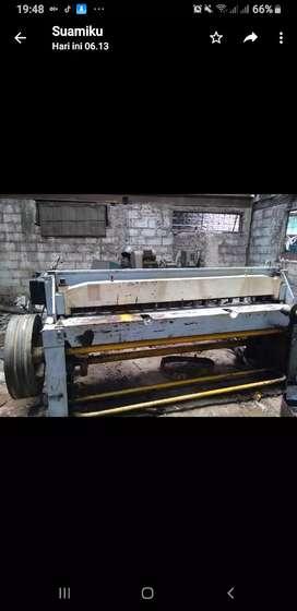 N0 30..Ready Mesin sering atau potong plat Bodi Besi Taiwan.