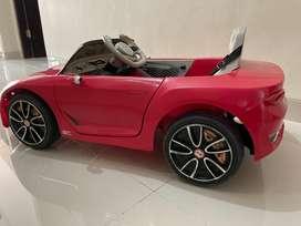 Mobil Aki Anak Bentley Merah