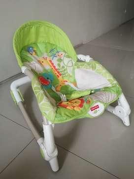 Fisher-Price Newborn to Toddler Portable Rocker Kursi Bayi