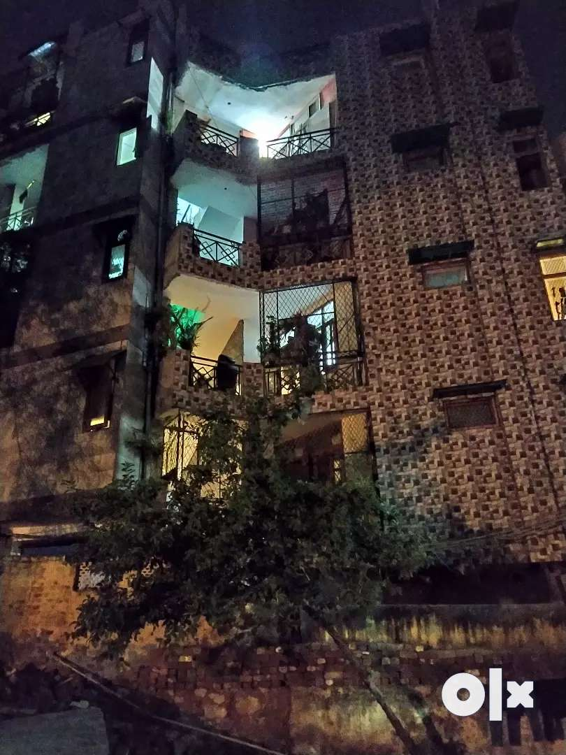 1 bhk independent floor for sale 2 side open fully ventilated 0