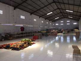 Gudang ex.pabrik garmen, Luas 925 m2, muka 15 m2, cuplik. Sukoharjo