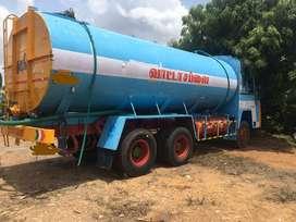 Water tanker 23,000 litres capacity