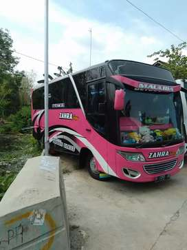 Dijual bus medium Mitshubishi AC 2006