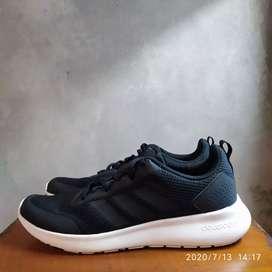 Adidas cloudfoam run. Size 42