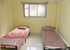Gents PG Near Mantri@Business @5500 With All Facilities Included